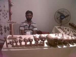 indian artist copper bells paramparik karigar art craft exhibition