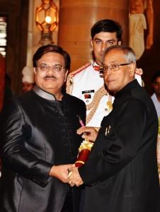 S Shakir Ali Padma Shri master craftsmen